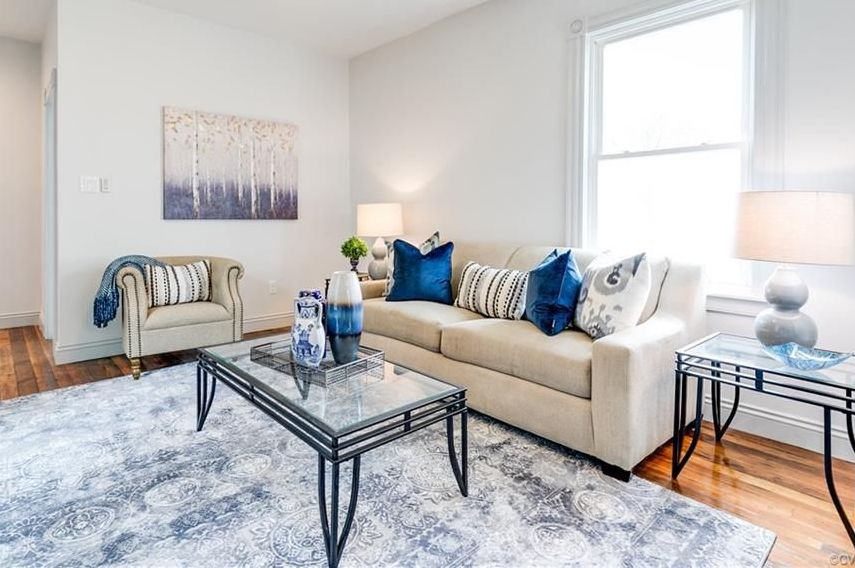 The 3 D's of Home Staging: Depersonalize living room